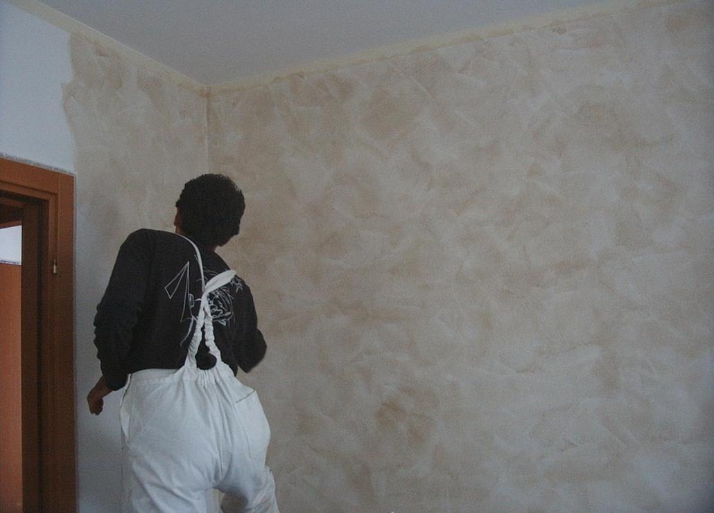 Decorazione parete camera