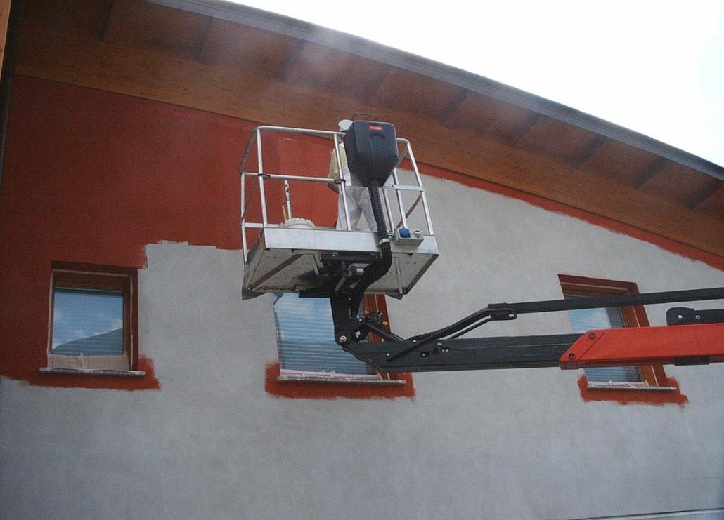 Tinteggiatura facciata capannone